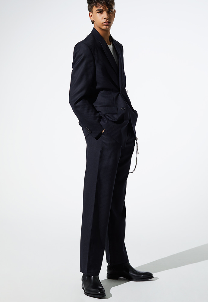 Crudo D-ring Wide Trousers_ Navy Thin Stripe