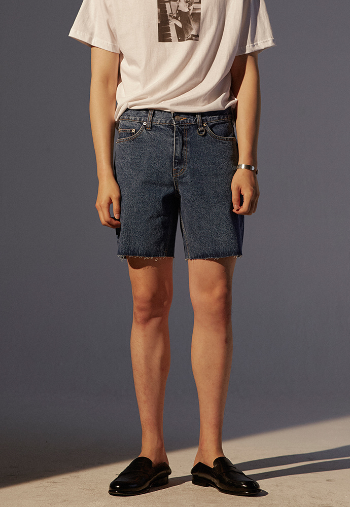Musk Cutting Denim Shorts_ Mid Blue