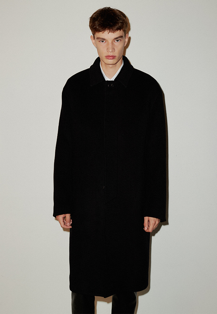 Signature Cashmere Mac Coat_ Black